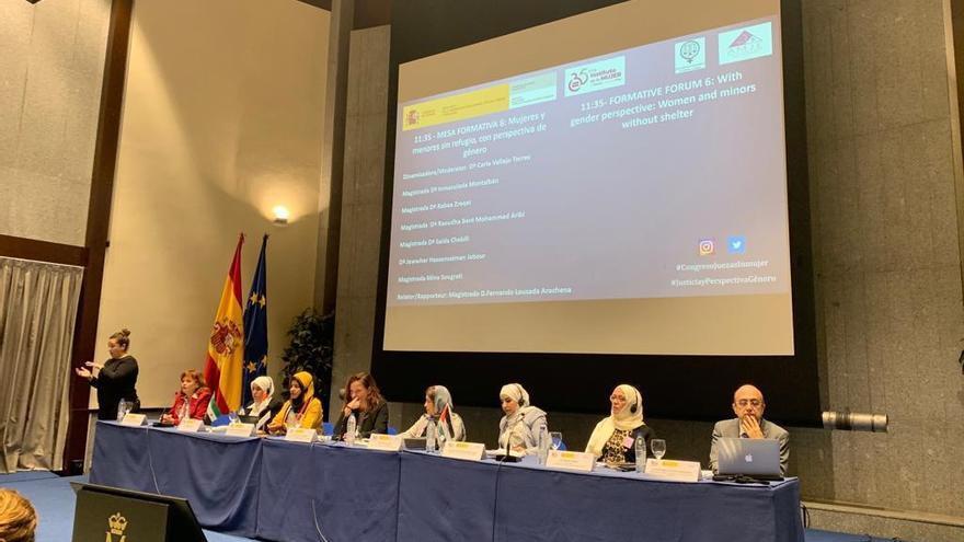 La mesa de debate sobre justicia con perspectiva de género.
