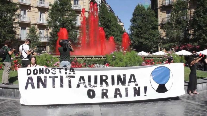 Protesta de la plataforma antitaurina Donostia Orain.