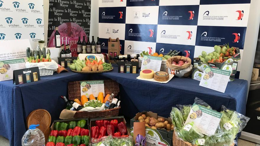 Bodegón de productos agroalimentarios locales en la Fundación Yrichen.