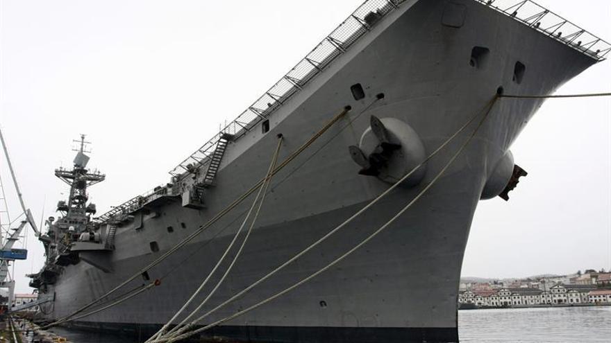 Defensa vende el portaaviones Príncipe Asturias por 2,4 millones para desguace