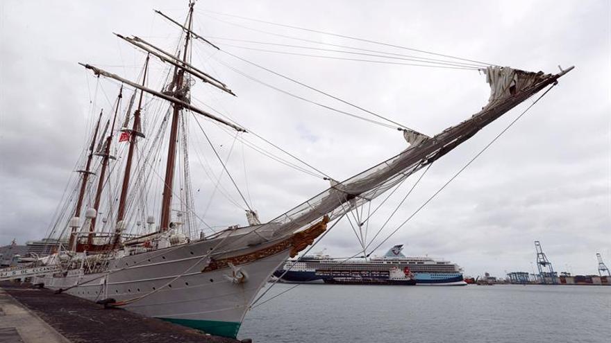 En la imagen un registro del buque escuela de la Armada española Juan Sebastián Elcano.