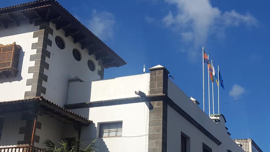 Antenas de red wifi en el Ayuntamiento de Los Llanos.
