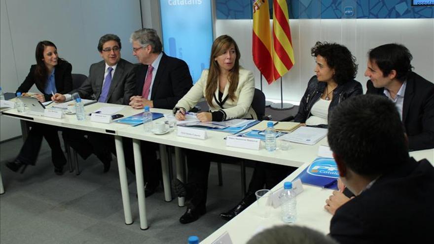 El PPC pide a Rubalcaba abandonar propuestas irreales y poner orden en el PSC