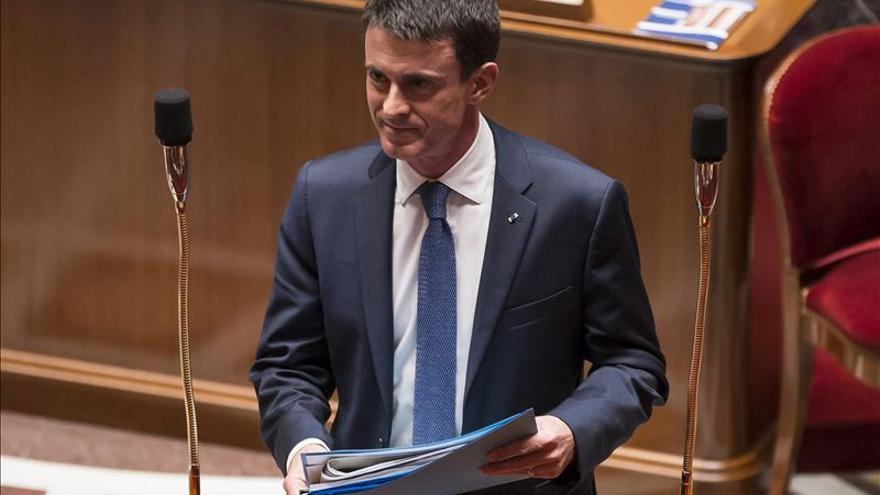 Valls pide votar a la derecha ante el FN en la región del socialista díscolo