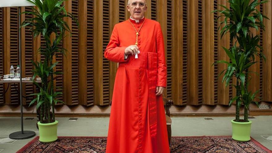 El cardenal Osoro toma posesión de la iglesia romana Santa María en Trastévere