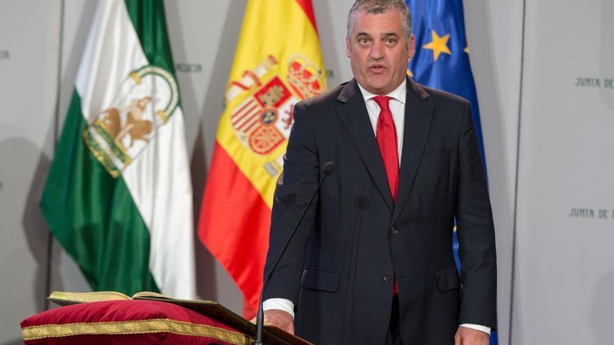 """Carnero plantea cercanía y """"concertación social"""" para atajar el paro y revalorizar la formación para el empleo"""
