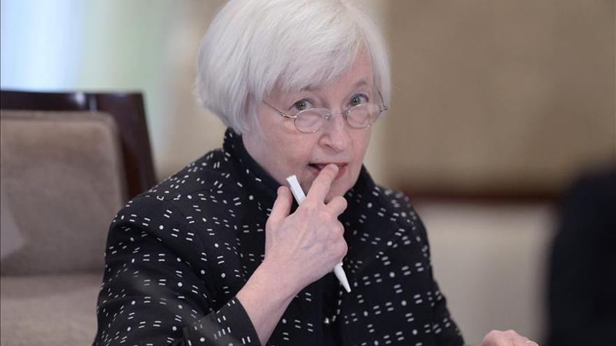 """Yellen insiste ante el Congreso de la próxima y """"gradual"""" alza de los tipos de interés"""