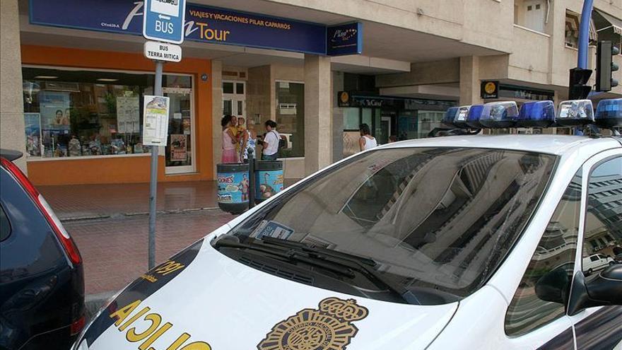 Un atracador muerto y dos policías heridos graves tras un tiroteo en Vigo