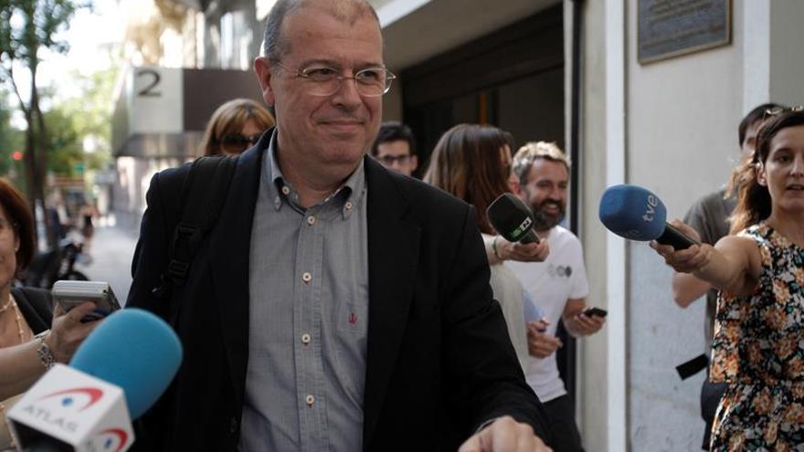 Zaragoza (PSC) da por buena las sanciones si facilitan el diálogo con PSOE