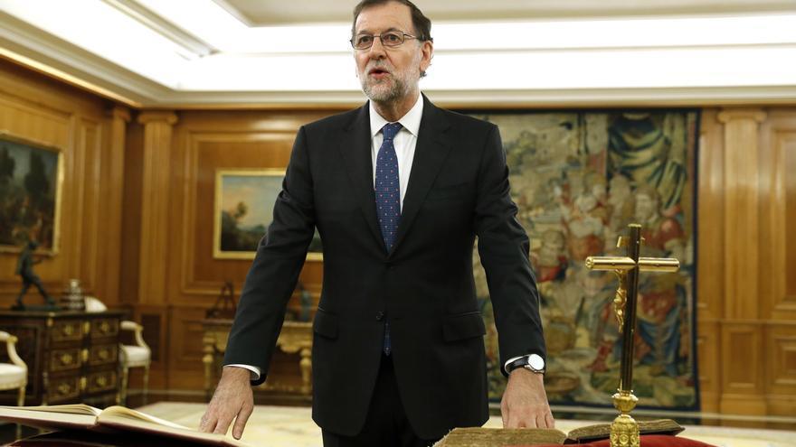 Mariano Rajoy jura su cargo como presidente el 31 de octubre de 2016.
