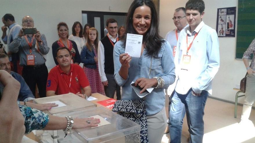 """Villacís, la única candidata que no se puede votar a si misma, reivindica el """"principio del cambio"""""""