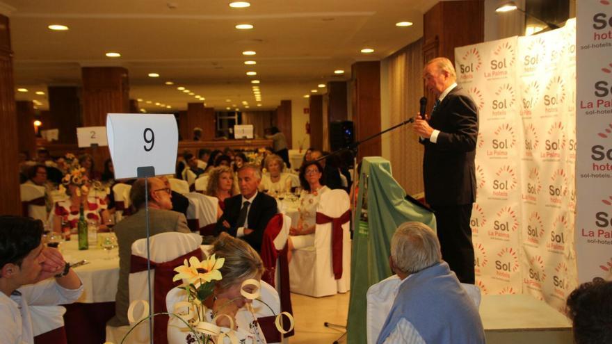 Un momento de la cena benéfica en el Hotel Sol. Foto de JOSÉ AYUT.