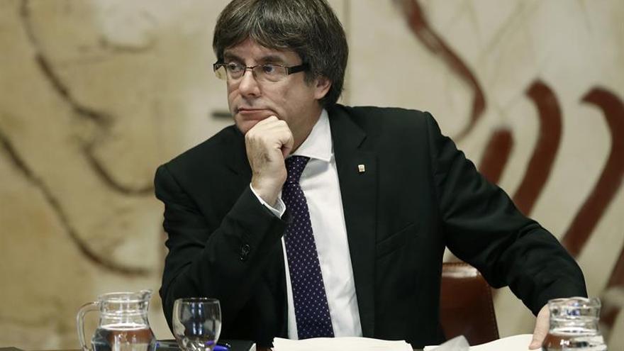 Forcadell comunica a los grupos del Parlament que Puigdemont no irá al Senado