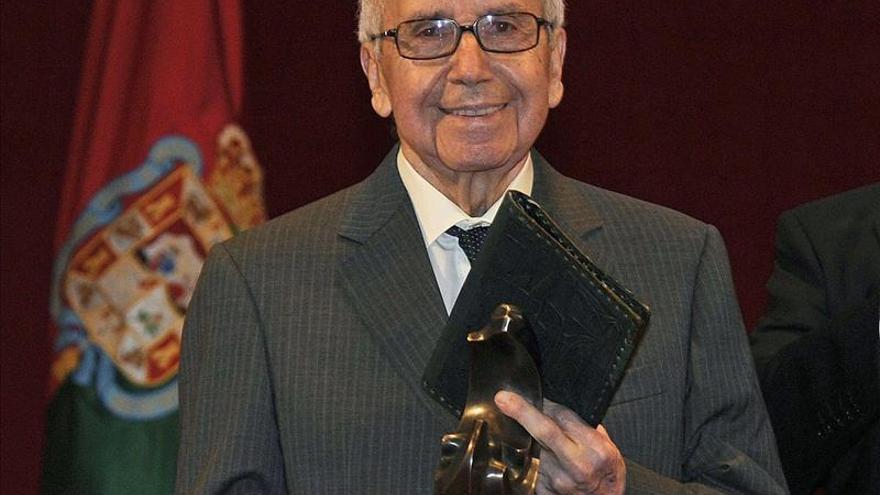 """García Baena, premio Lorca, dice que """"la palabra caliente de este poeta nos enriquece a los andaluces"""""""