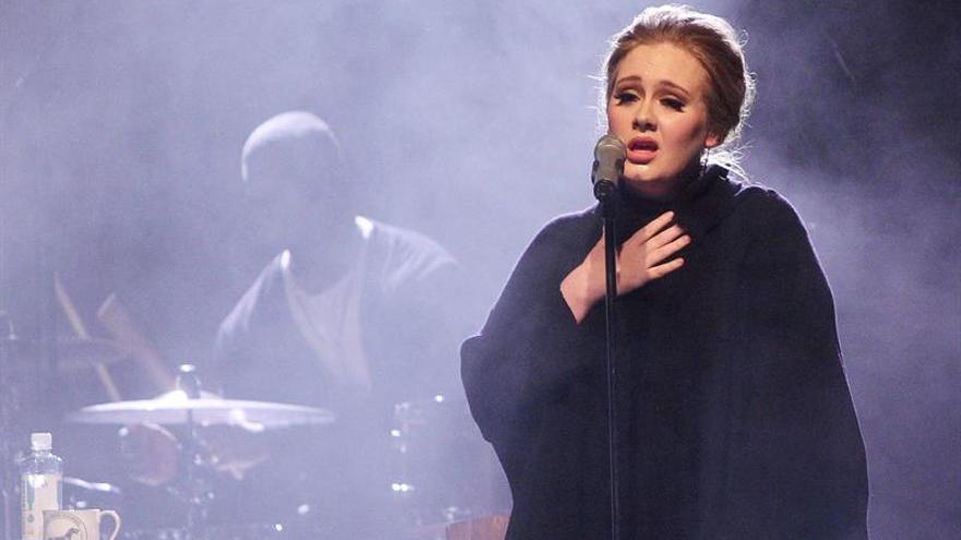 Adele dejará las grandes giras durante 10 años para cuidar a su hijo