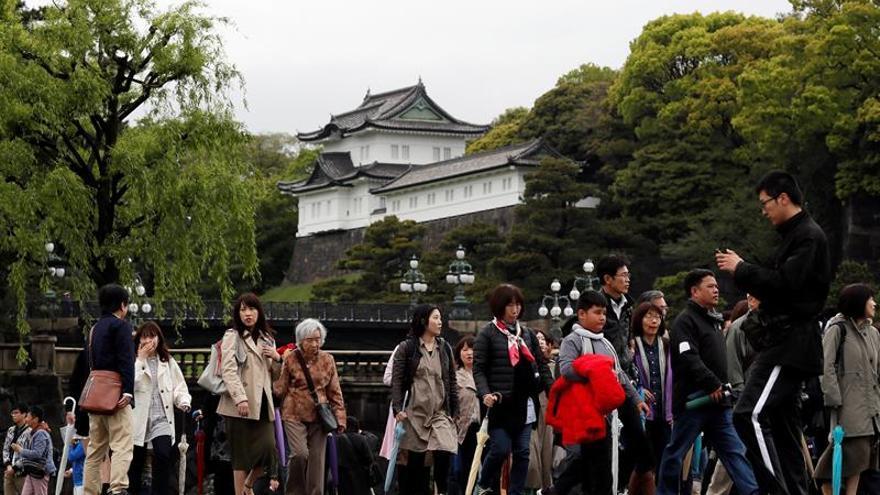 El emperador Akihito participa en ritual sintoísta previo a su abdicación