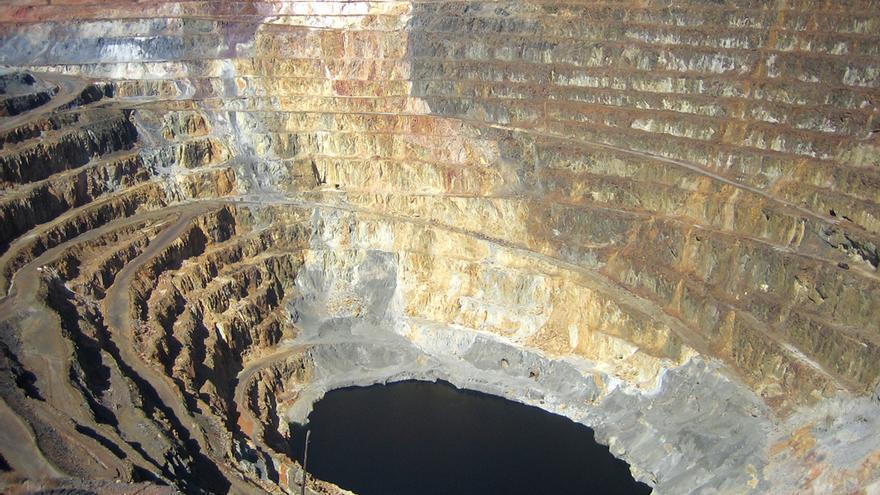 Mina de oro a cielo abierto
