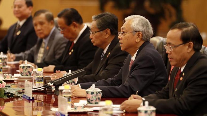 China y Birmania acuerdan poner en marcha el oleoducto entre ambos países