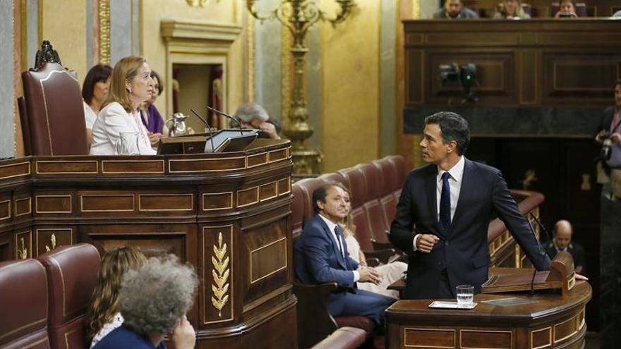 """Sánchez llama a las """"fuerzas del cambio"""" a buscar solución al atasco político"""