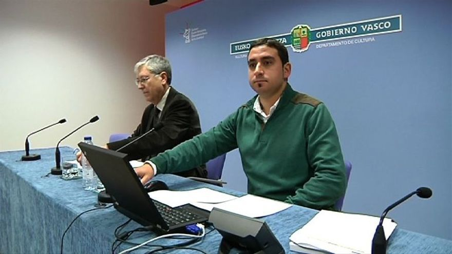 Ignacio Rodríguez, en primer plano, durante una rueda de prensa