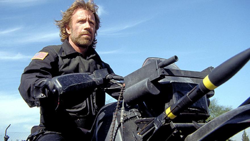 Chuck Norris en 'Delta Force', uno de los títulos más reconocibles de Cannon Films