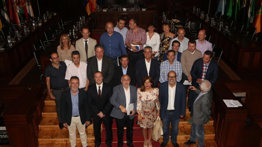 """Los alcaldes grancanarios apoyan declarar """"de emergencia"""" la situación de Telde tras la tormenta (ALEJANDRO RAMOS)"""