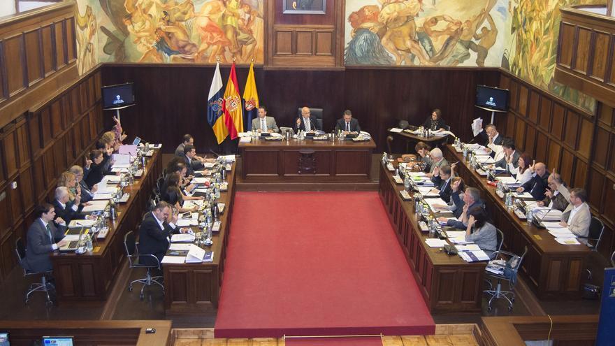 Pleno del Cabildo de Gran Canaria del 27 de noviembre de 2015