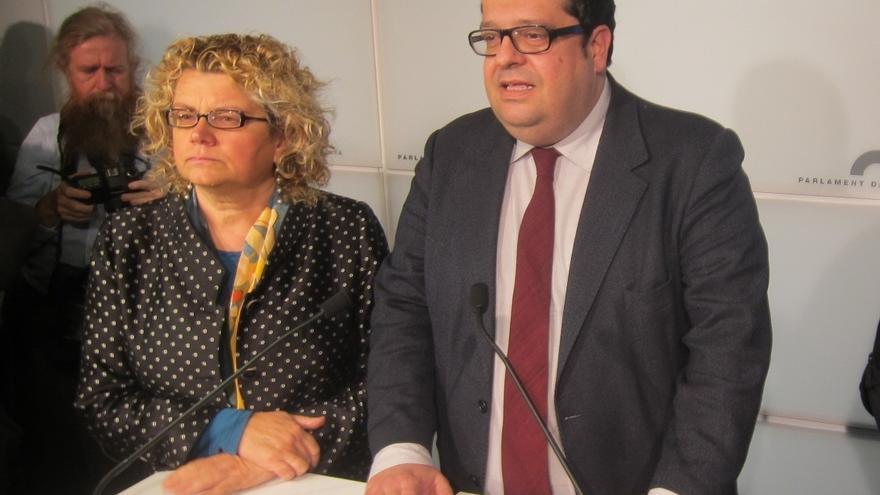 Geli y Elena restan importancia a que el PSC les arrincone en la última fila del Parlament