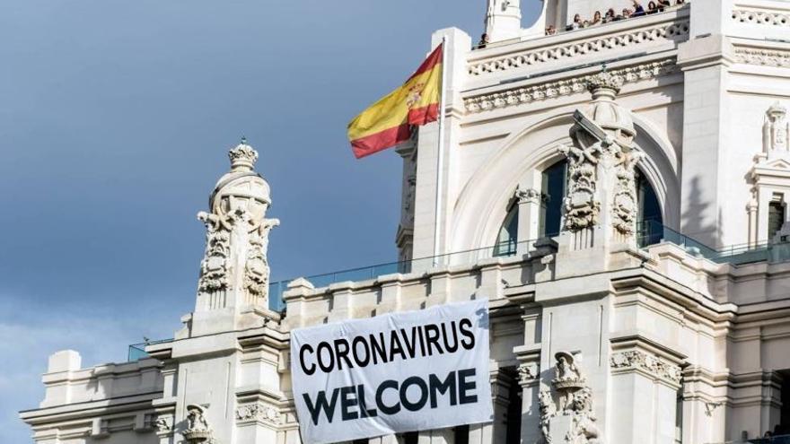 Uno de los memes que han circulado en redes sobre el Coronavirus   fuente: Twitter @CasacoPablo