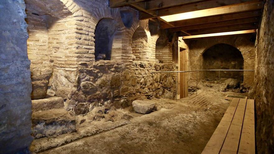 Galería del conjunto arqueológico en la plaza de Amador de los Ríos