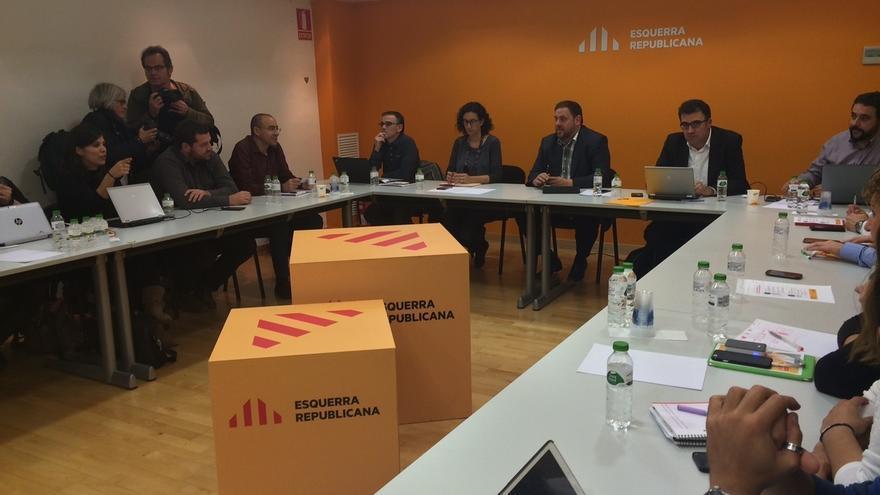 """Junqueras pide a CUP y JxSí """"llenar de contenido"""" sus propuestas para cerrar un acuerdo"""