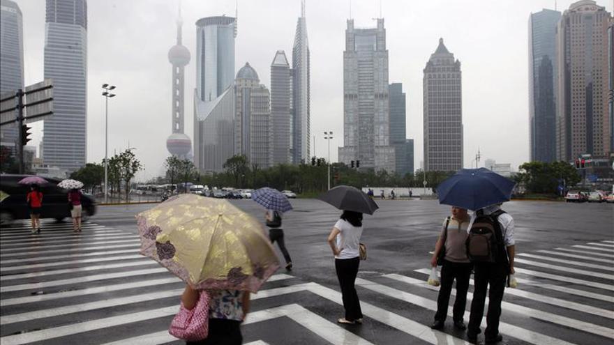 Cadena perpetua para chino que fingió comprar un banco americano inexistente