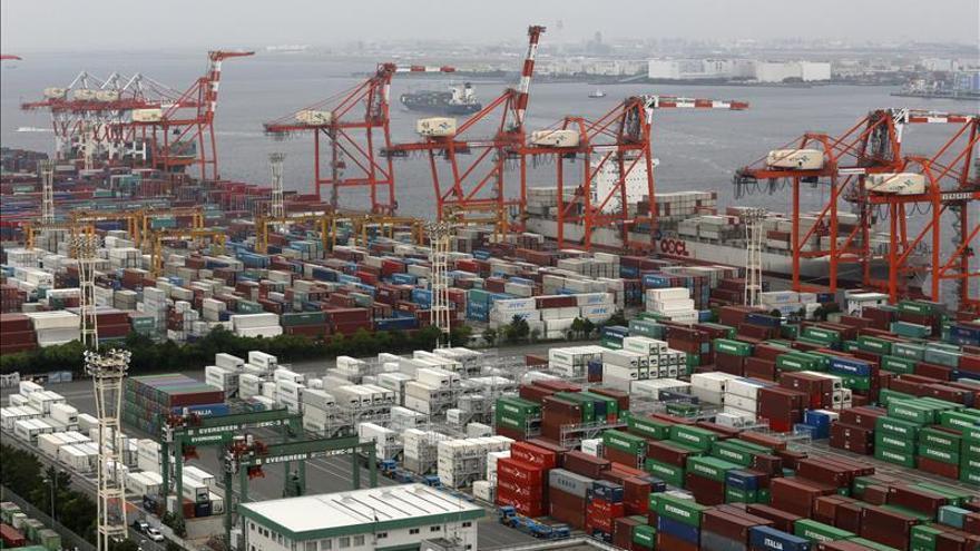 Japón registró en abril un déficit comercial de 438 millones de dólares