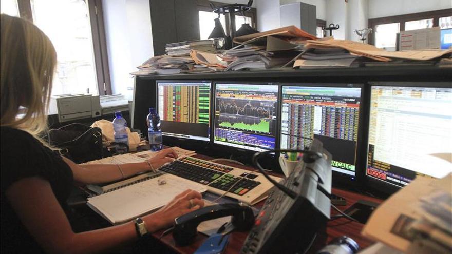 La prima de riesgo italiana baja de los 100 puntos, el mínimo desde mayo 2010
