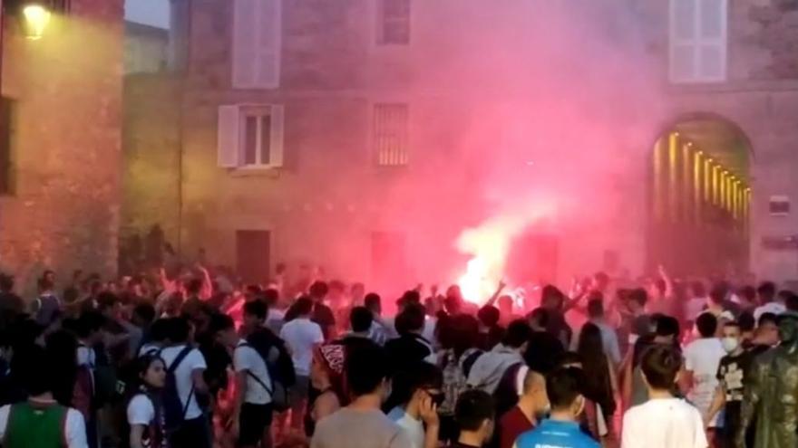 Celebración por la victoria del Baskonia la madrugada de este miércoles en Vitoria