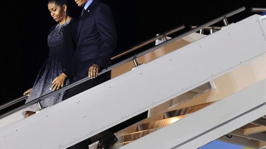 Obama se reúne con familiares de las víctimas del atentado de San Bernardino