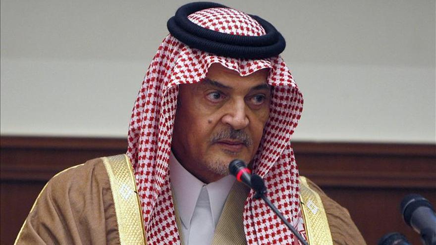 Arabia Saudí descarta una solución política en Siria que incluya a Al Asad