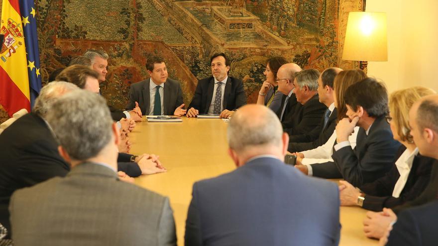 Reunión en el Palacio de Fuensalida con la Junta directiva de FEDA