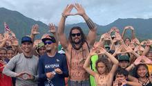 El actor Jason Momoa en una protesta para evitar la instalación del TNT en Mauna Kea (Hawaii).