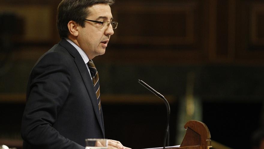 """Rajoy cree que Navarra """"se juega mucho"""" en las elecciones y que no le convienen """"operaciones"""" insensatas"""