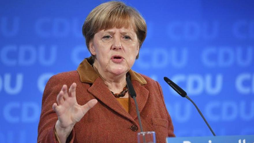 Un 35% de los alemanes quieren que prosiga la gran coalición, según un sondeo
