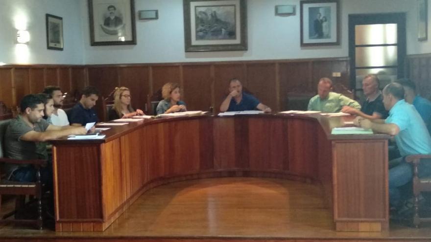 Pleno celebrado este viernes en el Ayuntamiento de El Paso.