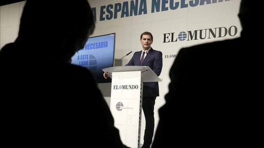 Rivera: Al margen de la campaña, lo normal es hablar con los líderes de la oposición
