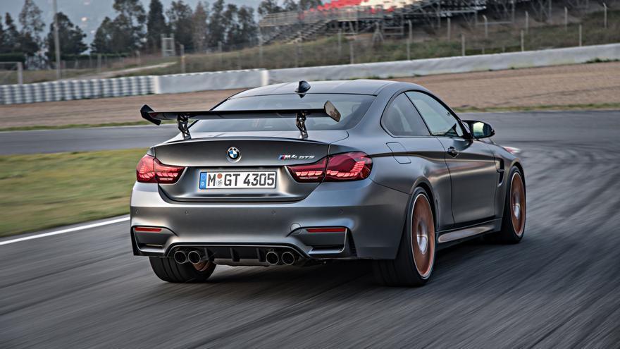 La marca BMW ha sido la primera en utilizar este sistema en un coche de serie; y no en uno cualquiera, en todo un M4 GTS de 500 CV