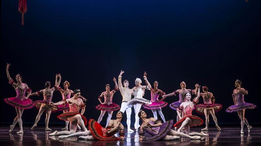 """Les Ballets Trockadero vuelve a Madrid con su danza """"clásica"""" y """"divertida"""""""