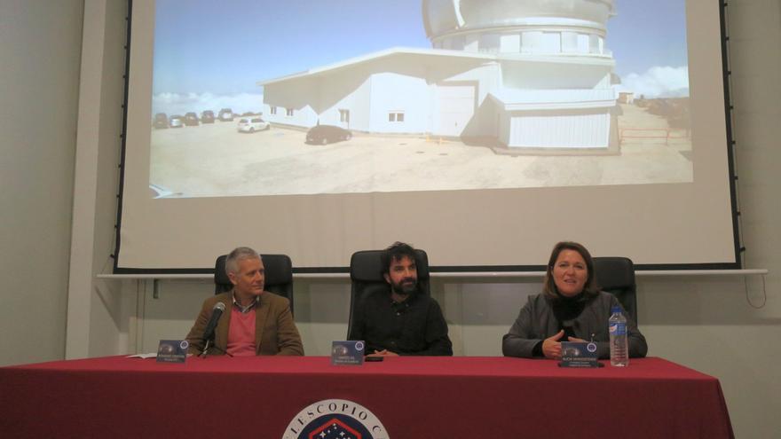 Un momento del acto de  presentación de la película 'Las leyes de la termodinámica'  celebrado este lunes en interior del Gran Telescopio Canarias.
