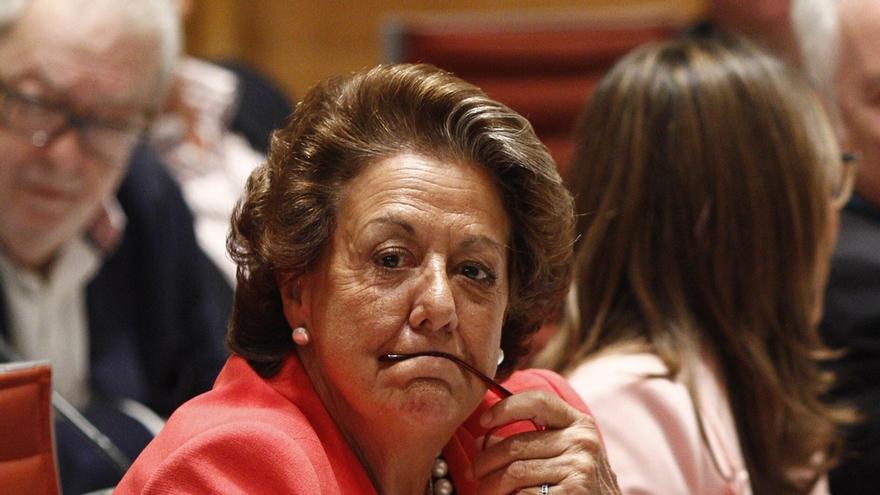 Barberá cobrará unos 2.300 euros más al mes cuando pase al Grupo Mixto del Senado, casi 7.000 euros en total