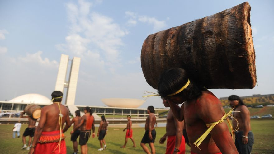 Los indígenas de las sabanas brasileñas llevan su cultura a la capital