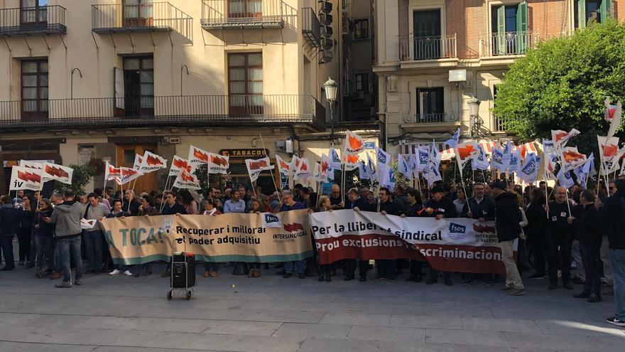 Intersindical Valenciana realiza protestas para ser incluida en la Mesa de Negociación