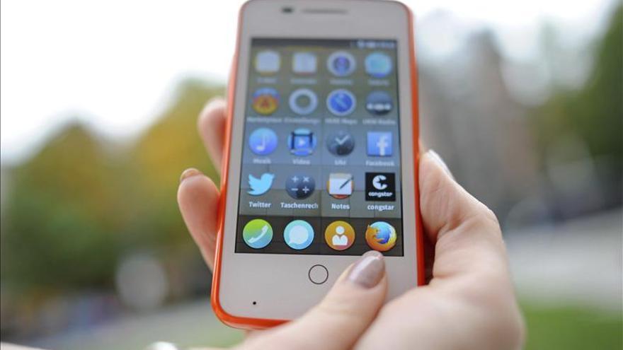 Los smartphones pueden provocar problemas en el pulgar y dolores cervicales